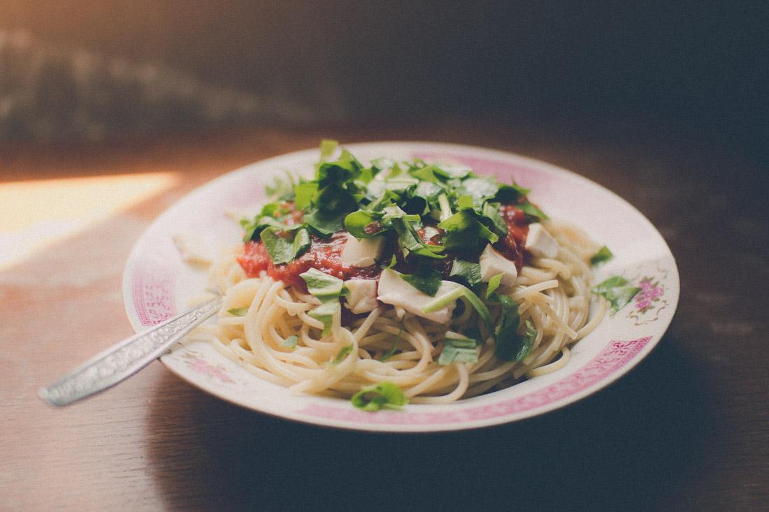 Chutné špagety s medvedím cesnakom